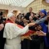 Pashkët dhe Flamuri Shqiptar në qafë të Papës Françesko